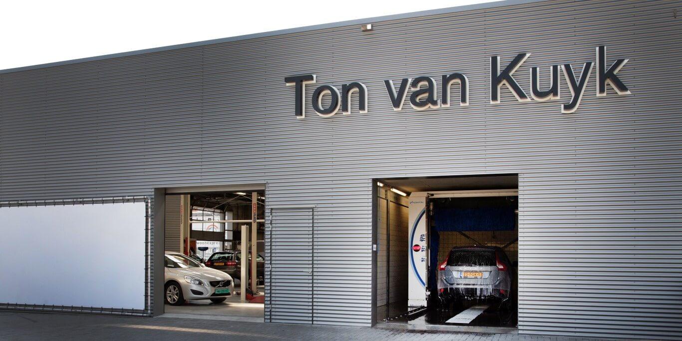 Bedrijfsfotografie voor website Ton van Kuyk Volvo Alkmaar